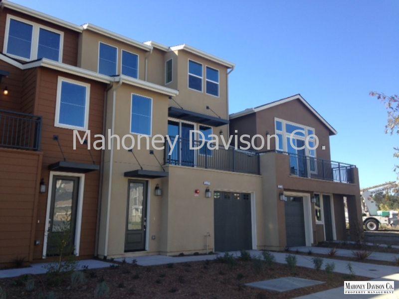 517 Jade St, Petaluma, CA 94952