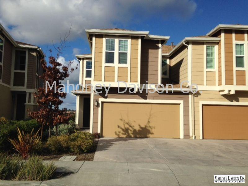 516 Jade St, Petaluma, CA 94952