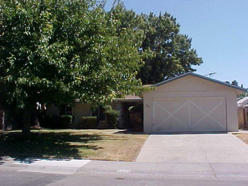 8143 Franciscan Way, Sacramento, CA 95823