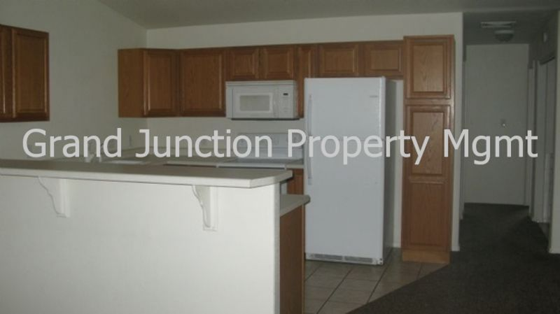 Condo for Rent in Clifton