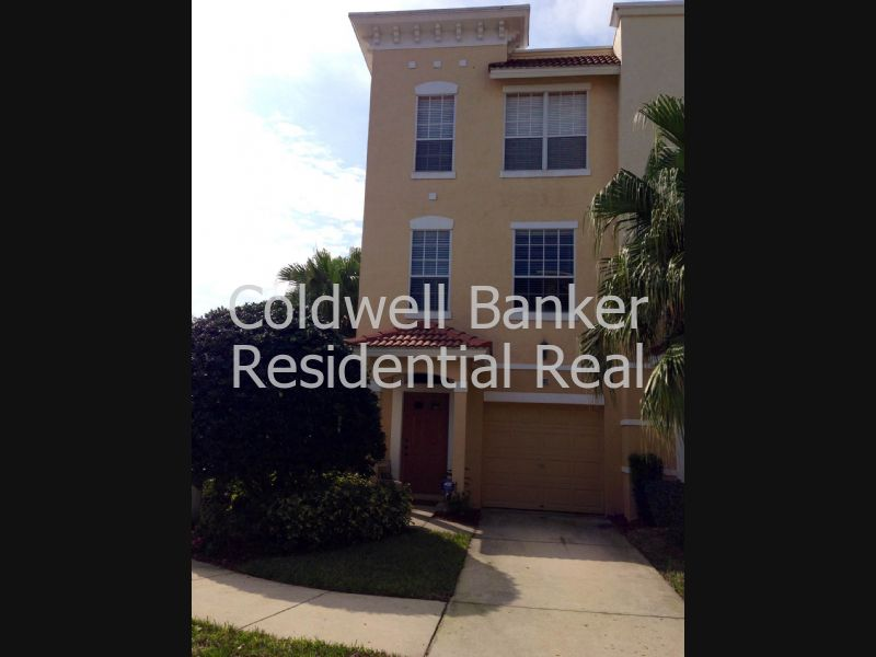 Townhouse for Rent in Bayshore West
