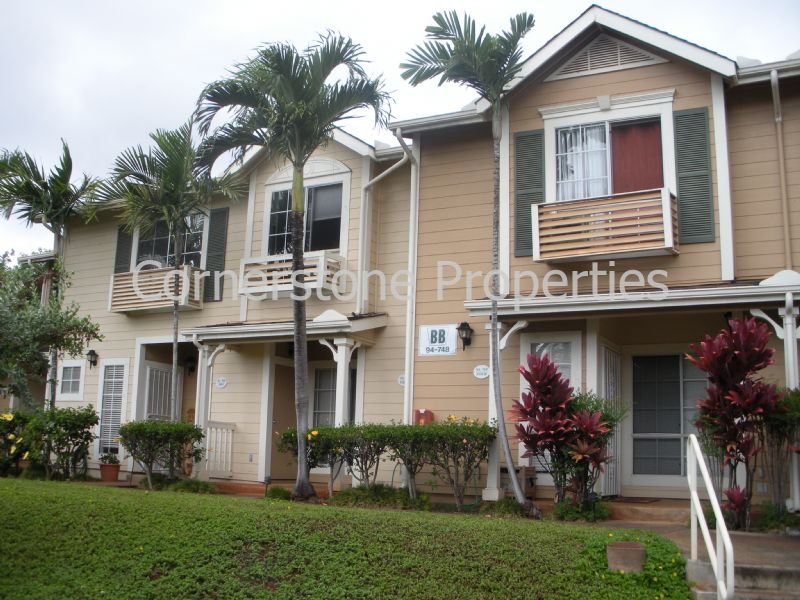 Townhouse for Rent in Waipahu