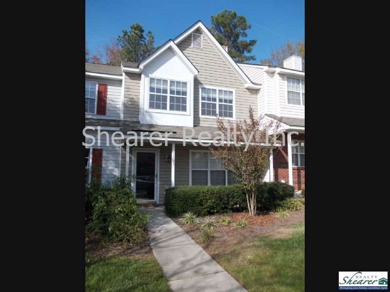 Townhouse for Rent in Rossmore