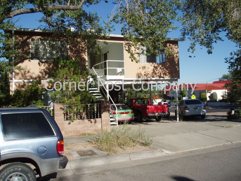 Duplex, Triplex, Quadplex for Rent in UNM