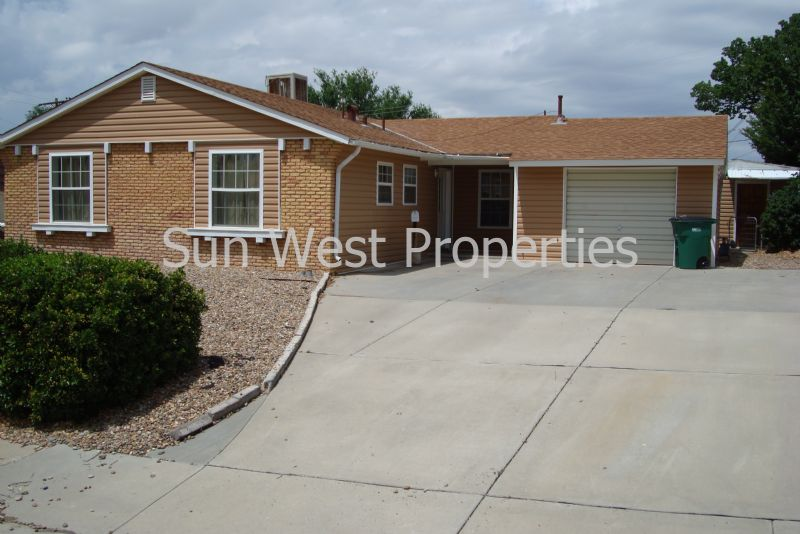 House for Rent in Farmington