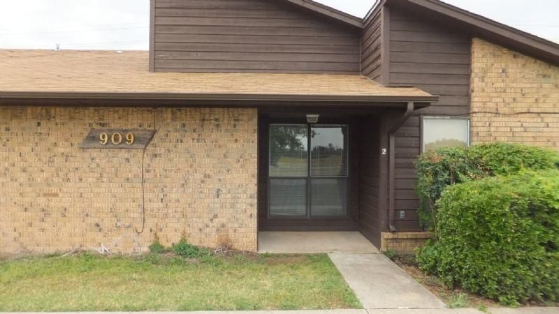 Pet Friendly for Rent in Lawton