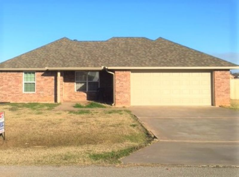 House for Rent in Geronimo