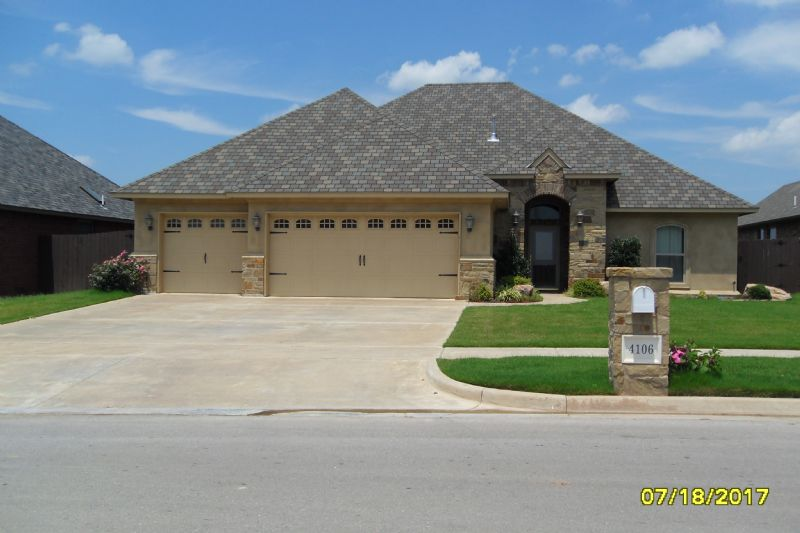 Lawton houses for rent in lawton oklahoma rental homes for Home builders in lawton ok