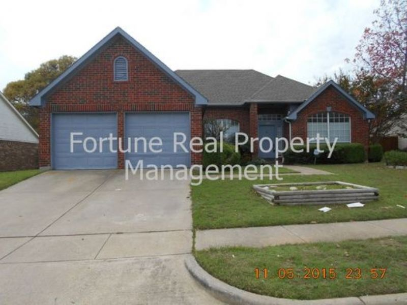 House for Rent in Red Oak