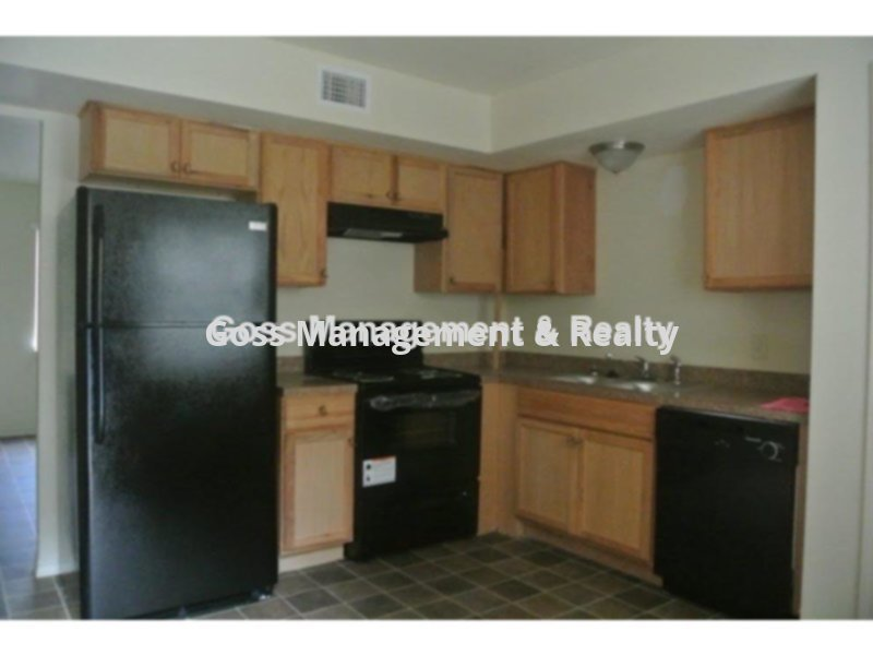 Townhouse for Rent in Le Bette Manor