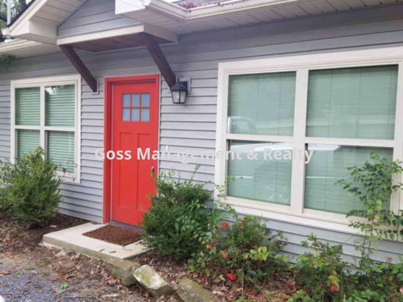 House for Rent in Elmhurst