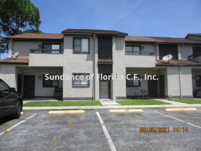 Townhouse for Rent in Buena Ventura Lakes