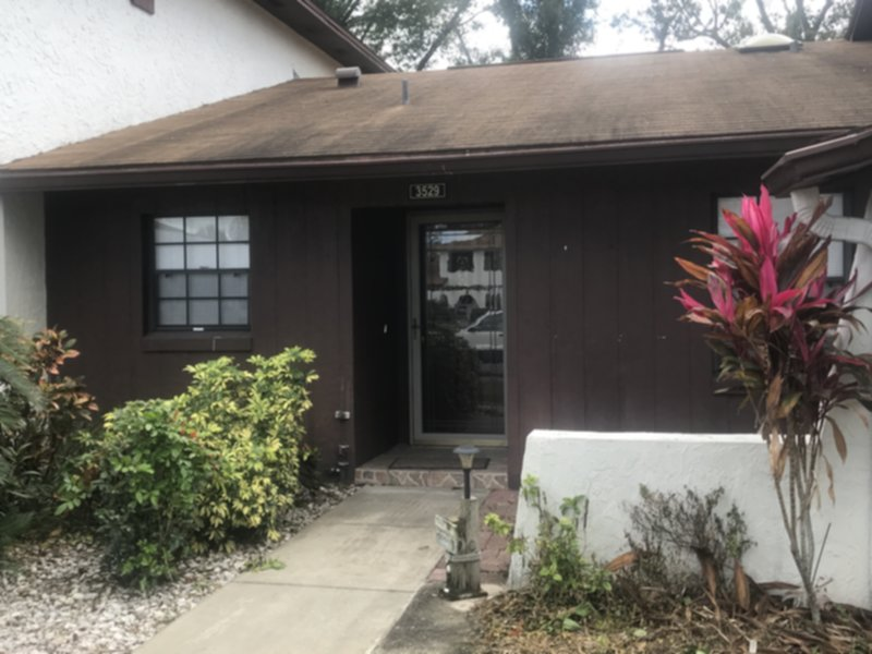 Townhouse for Rent in Pine Lake Villas