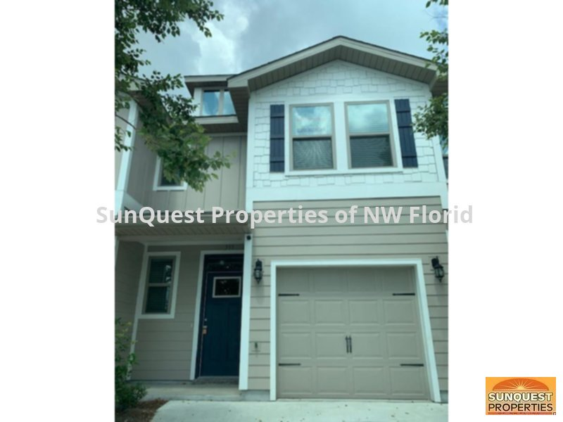 Townhouse for Rent in None
