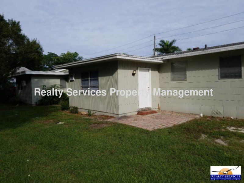 Townhouse for Rent in Fort Myers