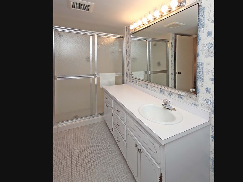 Vacation Rental Listing Bed Bath In Naples FL AVAILABLE FOR - Bathroom fixtures naples fl