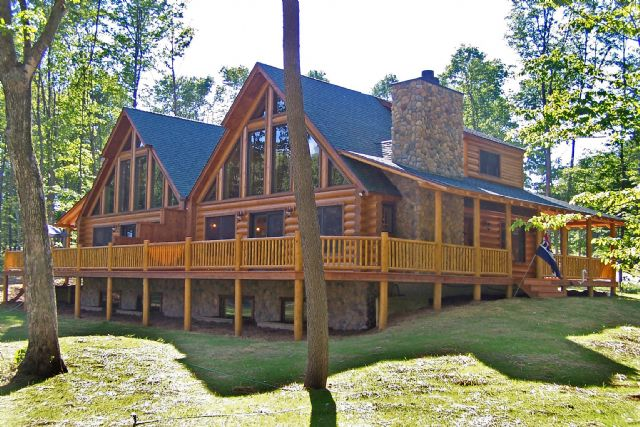 Holiday House in Harbor Springs (Michigan) or holiday homes and vacation  rentals