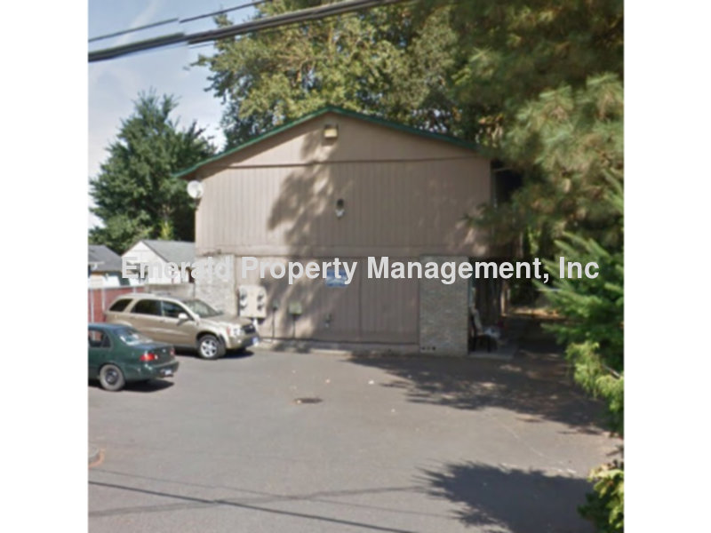 Townhouse for Rent in Salem