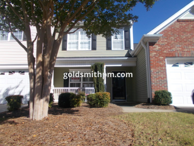 Townhouse for Rent in Townes at Pine Grove